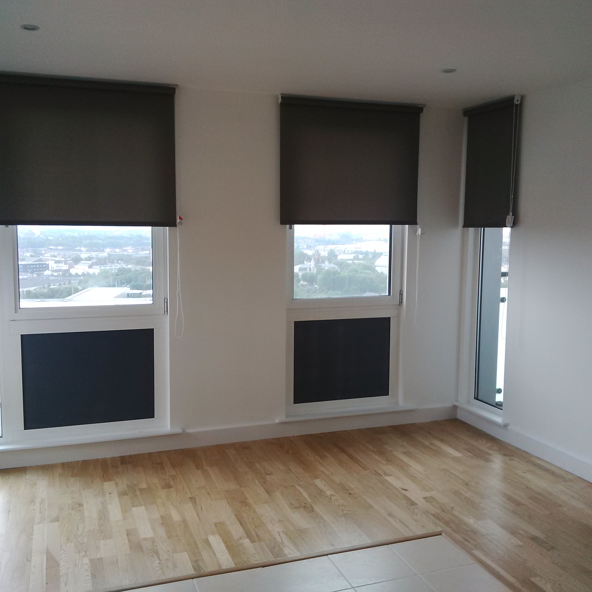 Rental Apartment Flame Retardant Roller Blinds & Curtains for ...