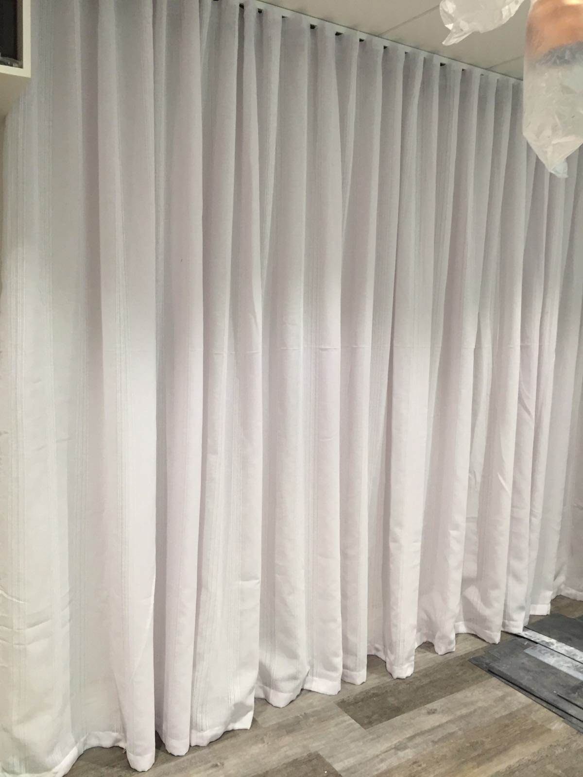 Cubicle Curtains Amp Nhs Certified Tracks For Beauty Rooms