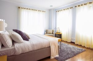 Design Basics: 4 Tips for Choosing the Perfect Home Curtains