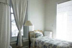 Do's & Don'ts of Selecting & Installing Curtains - Our Guide